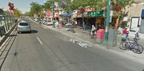 Google streetview of sharrow striping